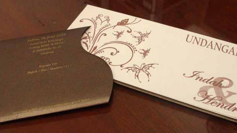 jenis kertas undangan Brief Card