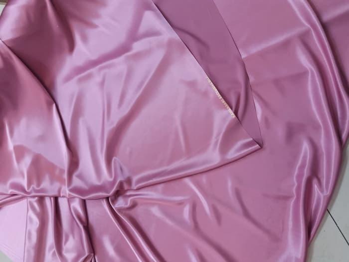 bahan kain satin silk atau satin sutra